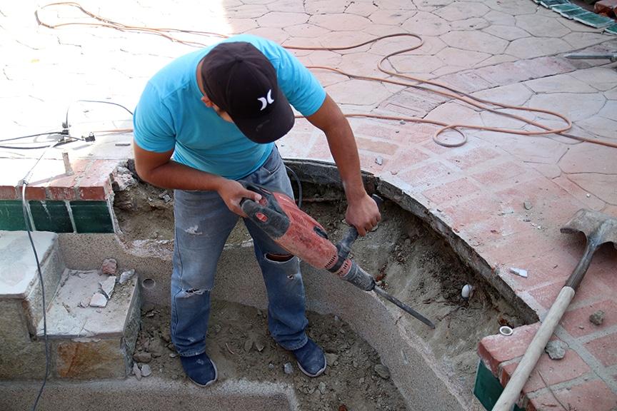 Bond Beam Repair In A Pool Spa Combo Leaktronics 818