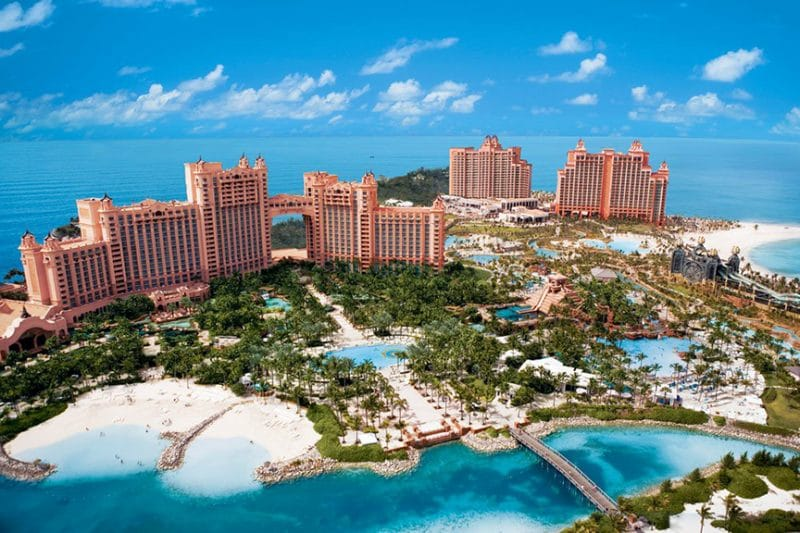 Atlantis Resort Pool Consulting Leak Detection and Structural Crack Repair